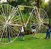 the largest bicycle (JPG, 9 kB)